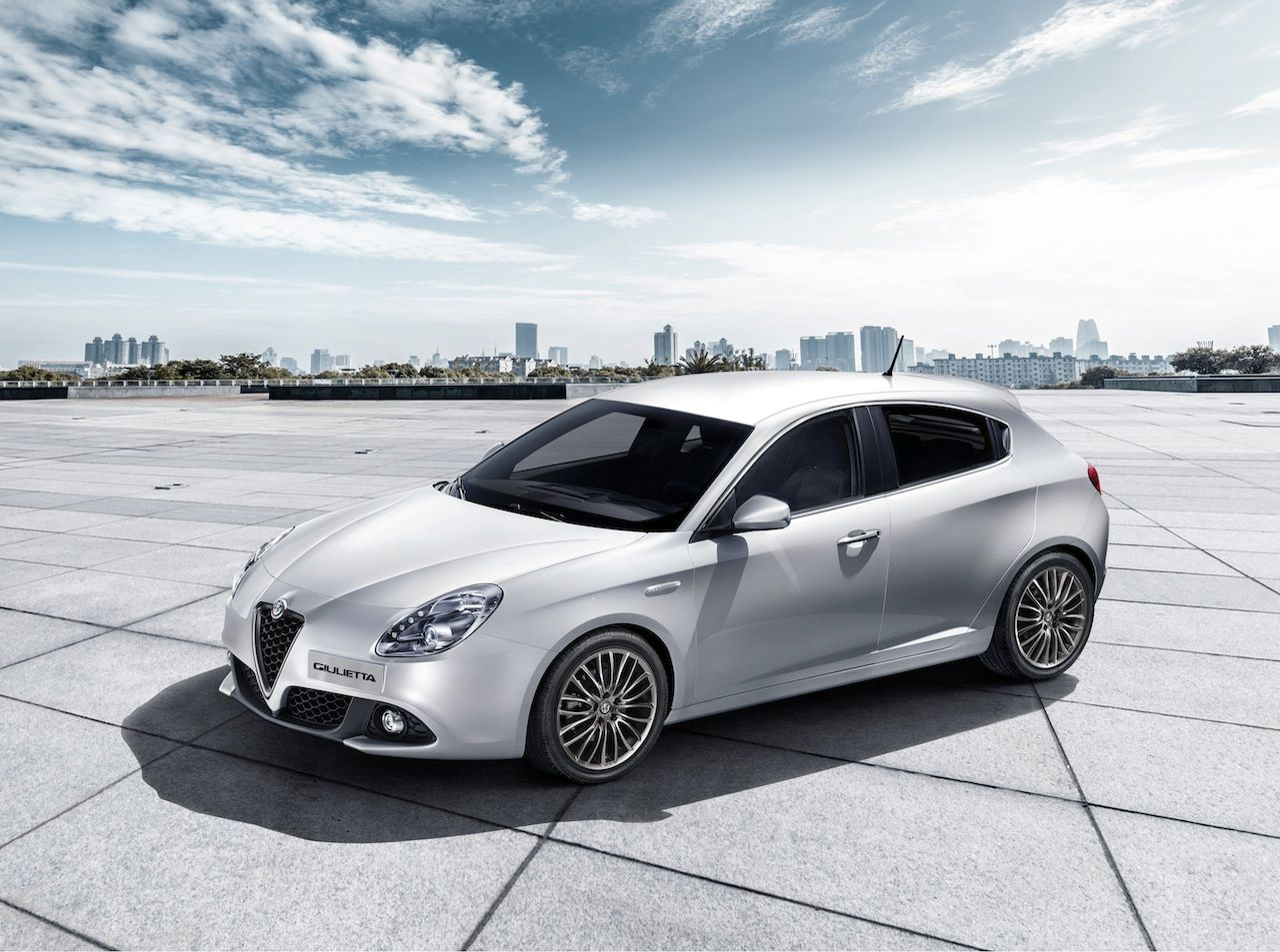 Alfa Romeo Giulietta 2016 2