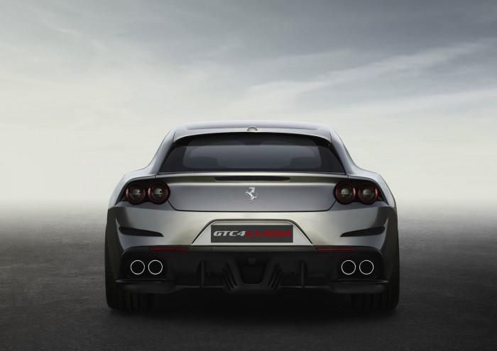 Ferrari GTC4Lusso 2016 04