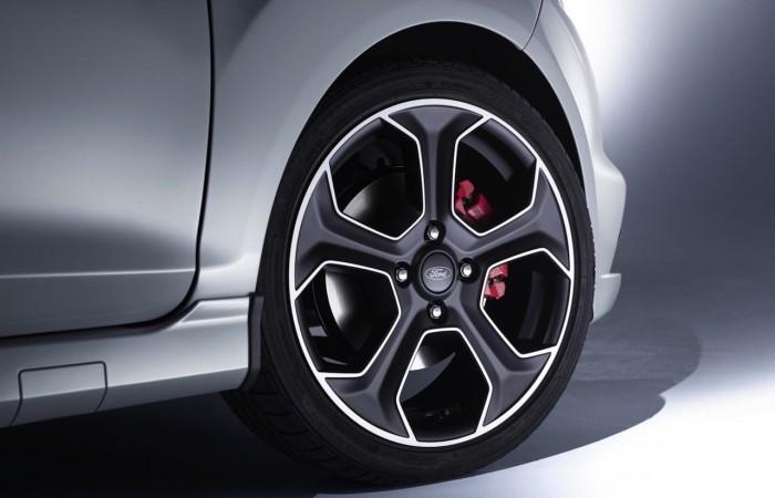 Ford Fiesta ST200 2016 05