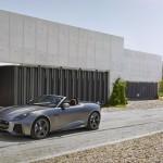 Jaguar F-Type SVR Convertible 2016 05