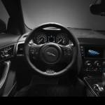 Jaguar F-Type SVR Coupe 2016 01