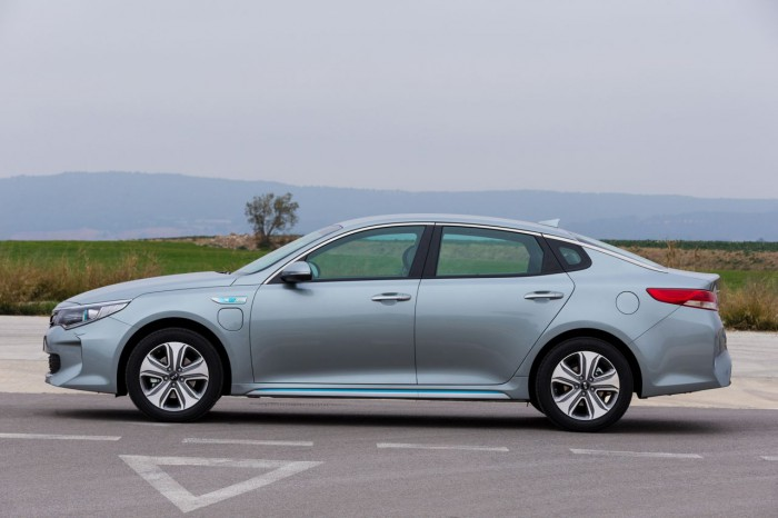 Kia Optima Plug-in Hybrid 2017 06
