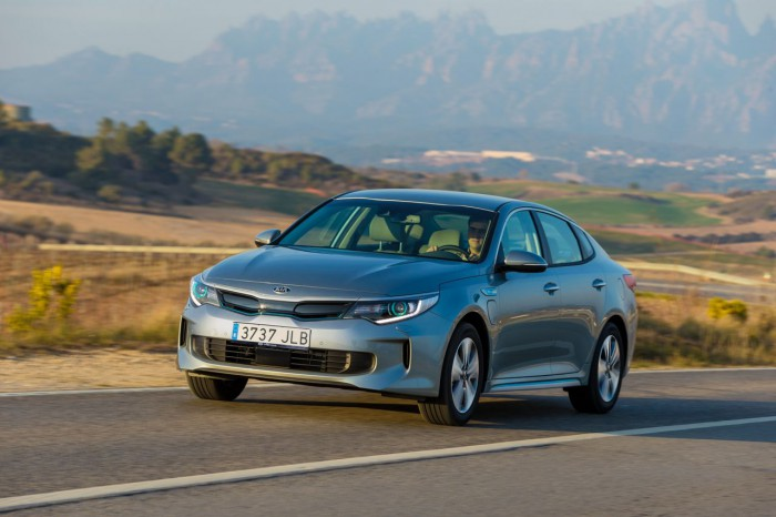 Kia Optima Plug-in Hybrid 2017 17