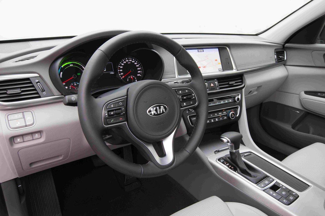 Kia Optima Plug In Hybrid 2017 El H 237 Brido Enchufable