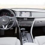 Kia Optima Sportswagon 2016 interior 03