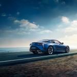 Lexus LC 500h 2017 01