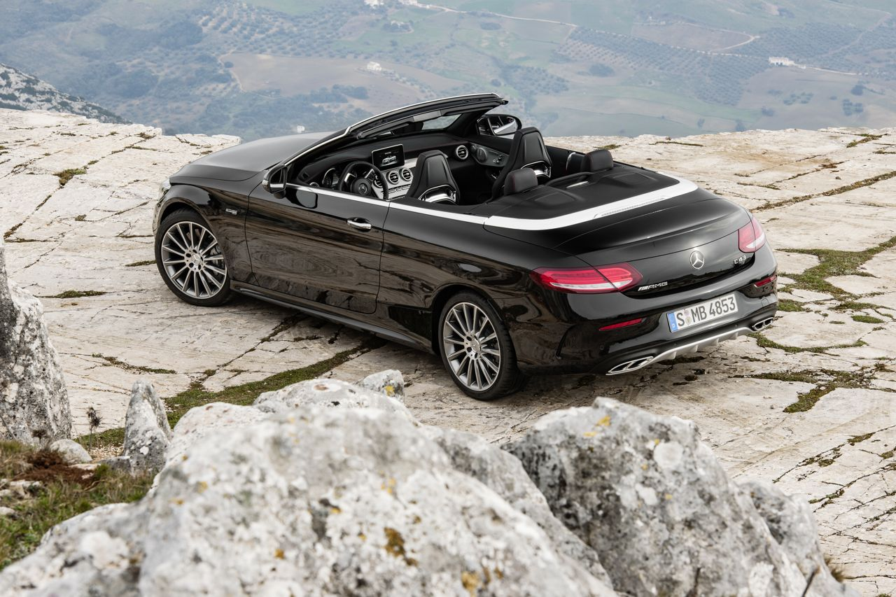 mercedes amg c 43 cabrio motor v6 al viento. Black Bedroom Furniture Sets. Home Design Ideas
