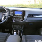 Mitsubishi Outlander PHEV 2016 prueba interior 01