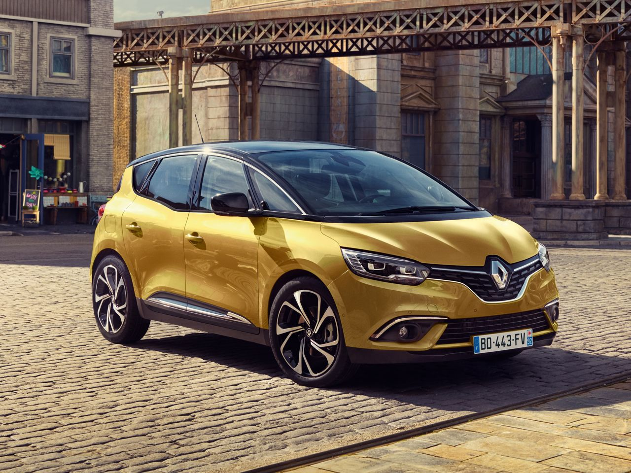 renault scenic 2016 m s captur que megane. Black Bedroom Furniture Sets. Home Design Ideas