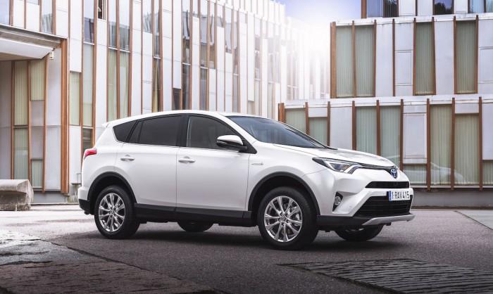 Toyota RAV4 Hybrid 2016 24