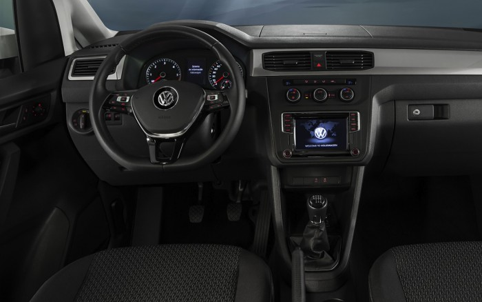 Volkswagen Caddy Trendline 2016 interior