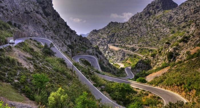 carretera peligrosa españa curvas
