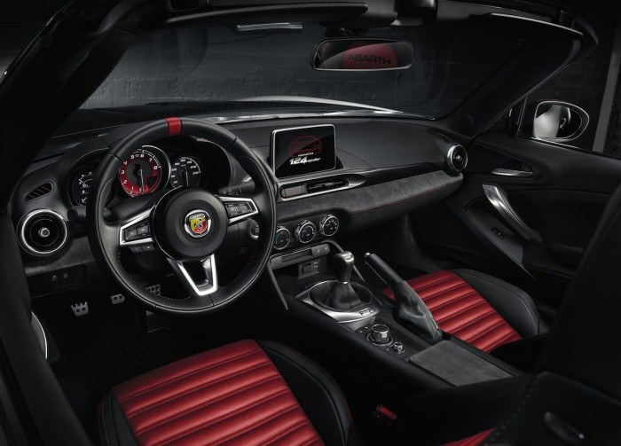 Abarth 124 Spider 2016 interior 01