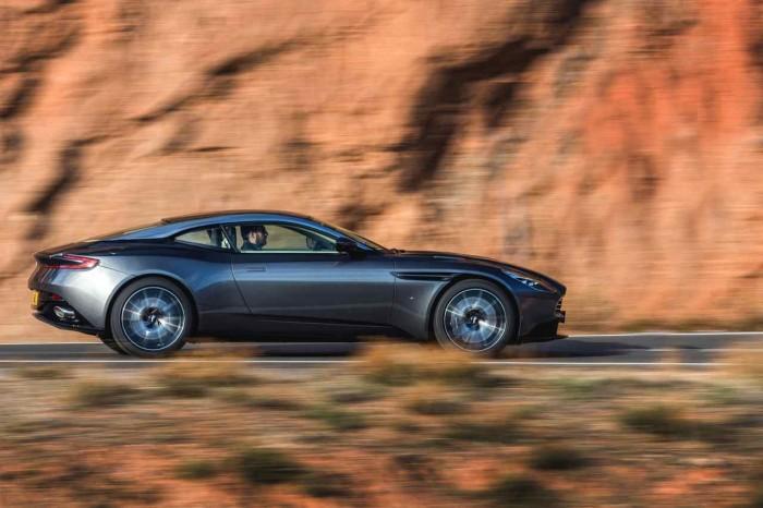 Aston Martin DB11 2016 10