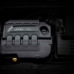 Audi Q2 2016 motor 01