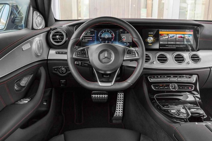 Mercedes-AMG  E 43 4Matic 2016 interior 01