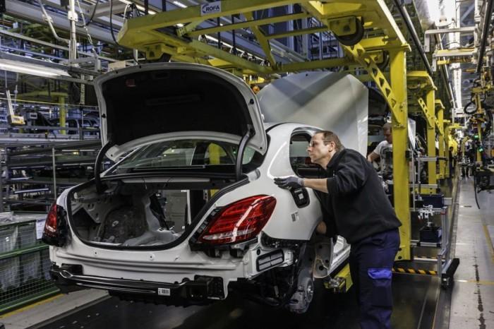 Mercedes-Benz fabrica