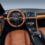 Nissan GT-R 2017 interior 1