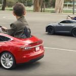 Tesla Model S de juguete 11
