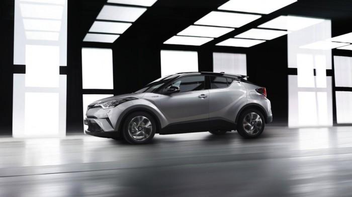 Toyota C-HR Hybrid 2016 06
