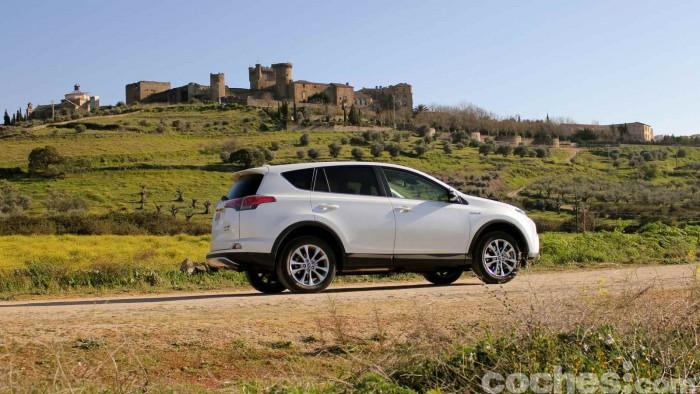 Toyota RAV4 Hybrid 2016 prueba 05