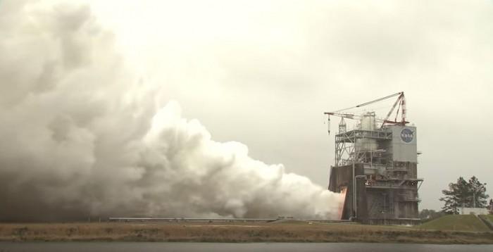 motor RS-25 2059 del cohete de la Nasa con destino Marte 03