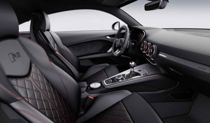 Audi TT RS Coupé 2016 interior