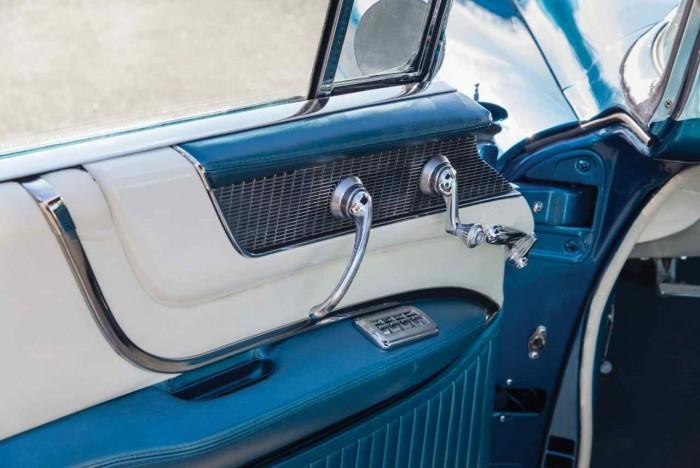 Cadillac Eldorado Biarritz 1956 interior 4