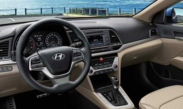 Hyundai Elantra 2016 interior 6