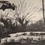 Jean Sunny, primer europeo en conducir un coche sobre dos ruedas 05 (592x400)