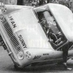 Jean Sunny, primer europeo en conducir un coche sobre dos ruedas 06 (450x313)