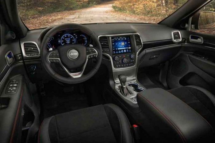 Jeep Grand Cherokee Trailhawk USA 2016 interior