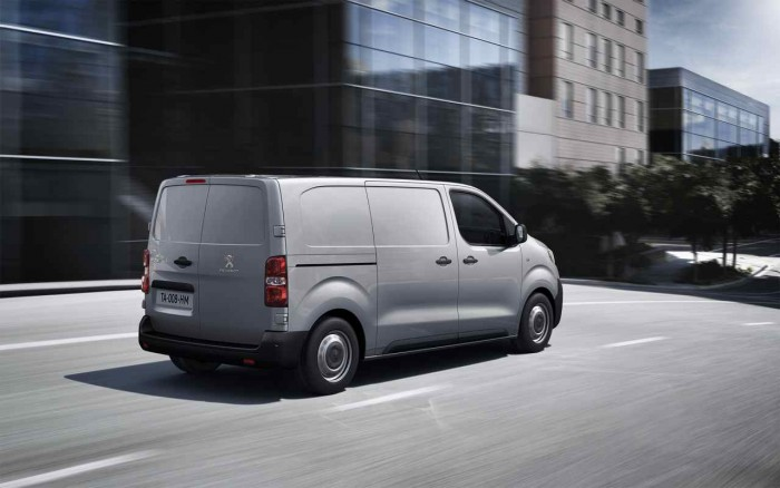 Peugeot Expert 2016 6