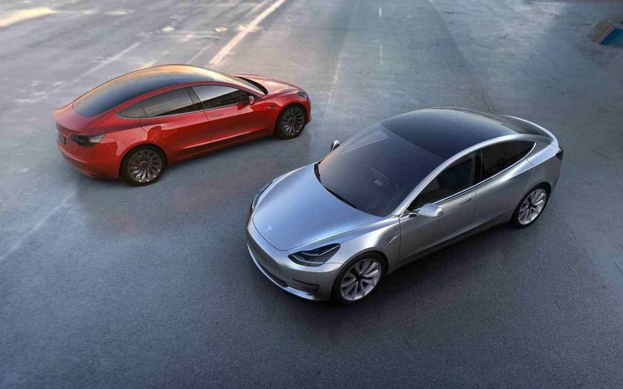 Tesla Model 3 2017 1