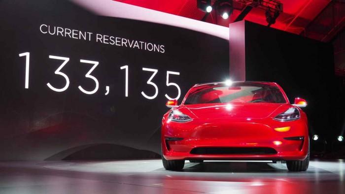 Tesla Model 3 presentación