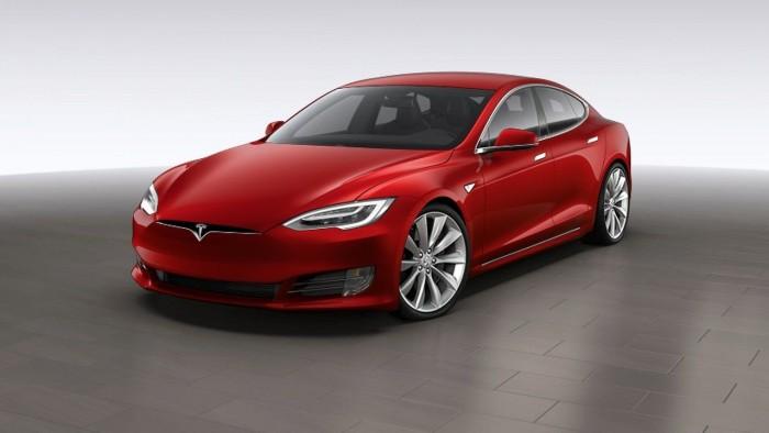 Tesla Model S 2017 USA 03