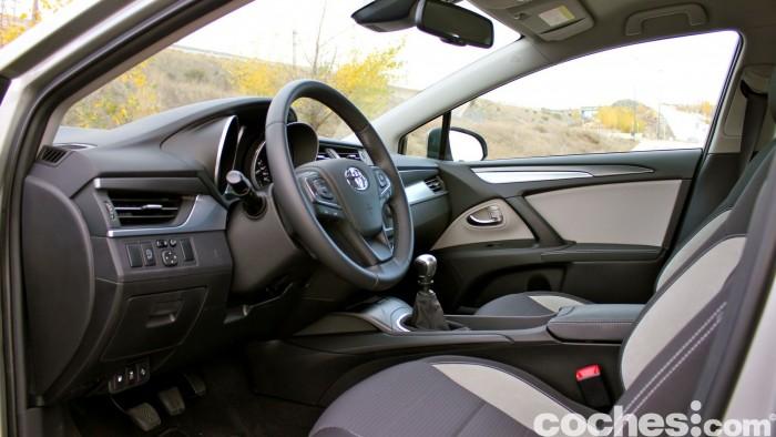 Toyota Avensis 150D prueba 032