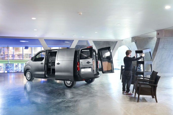 Toyota Proace Van 2016 32