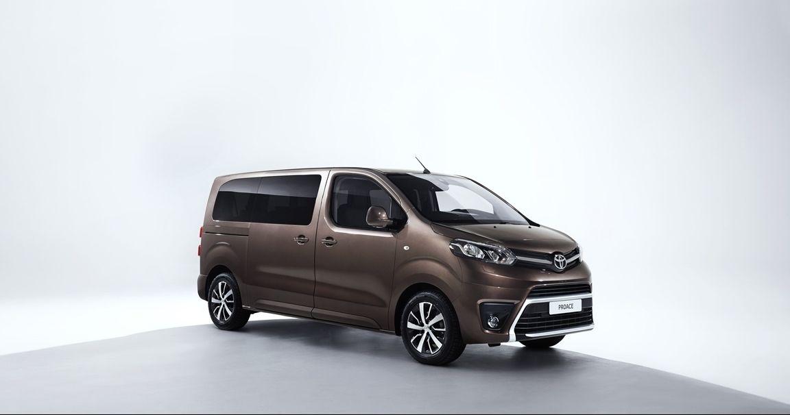 Toyota Proace Verso 2016 02