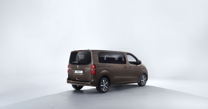 Toyota Proace Verso 2016 03