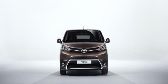 Toyota Proace Verso 2016 04