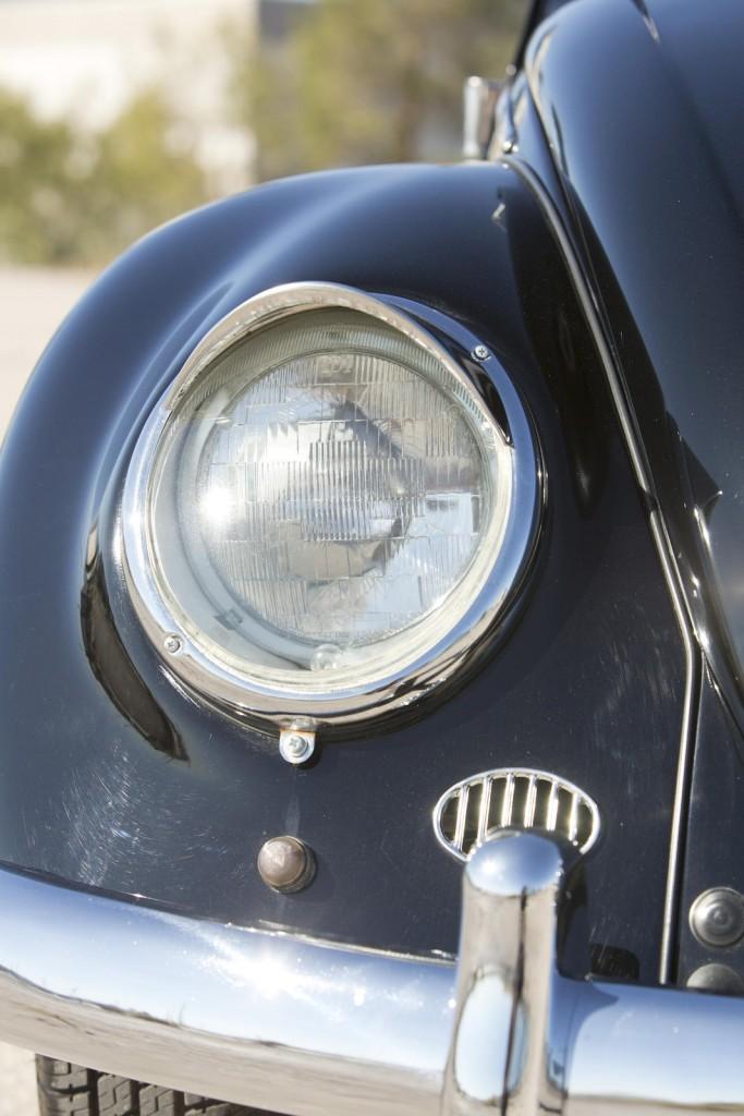 Volkswagen Beetle Oval Window 1954 Green Day detalle 01
