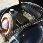 Volkswagen Beetle Oval Window 1954 Green Day maletero 02