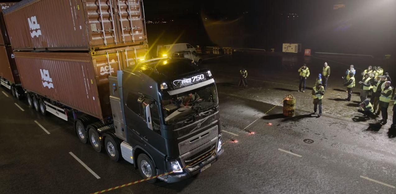 camion Volvo 13
