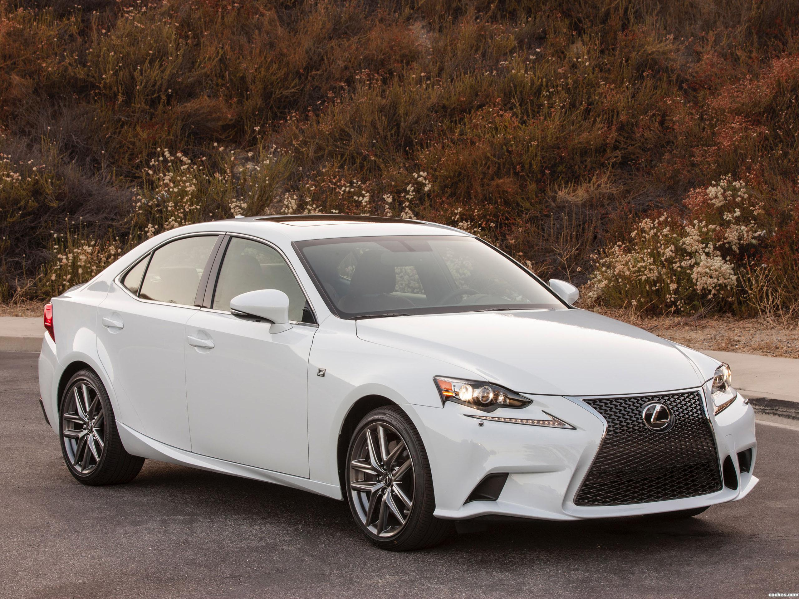 lexus_is-300-awd-f-sport-2015_r16.jpg