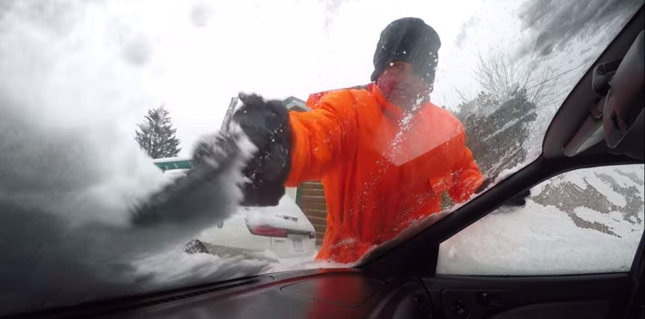 liquido para quitar hielo del parabrisas 02