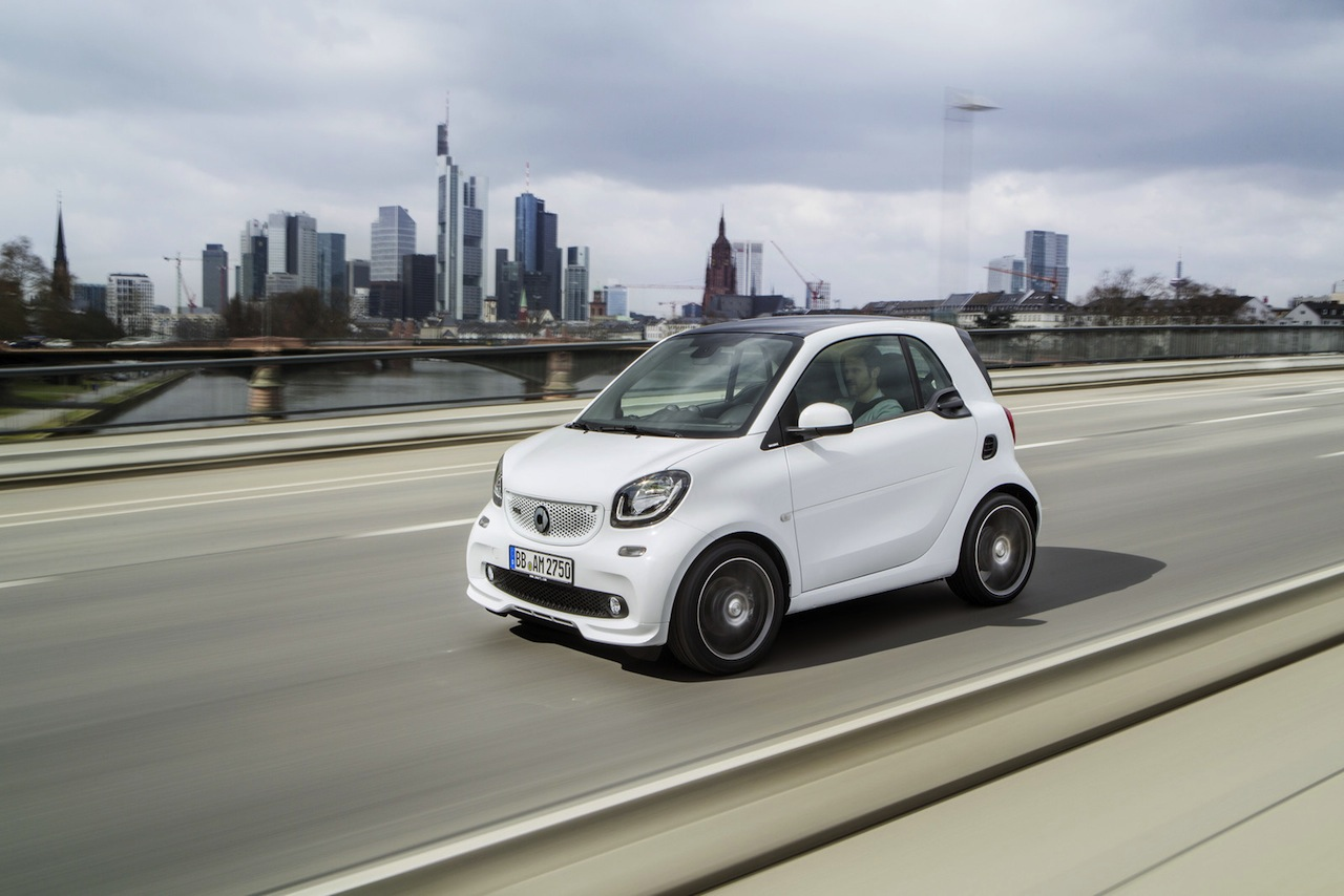 smart fortwo BRABUS 2016 01