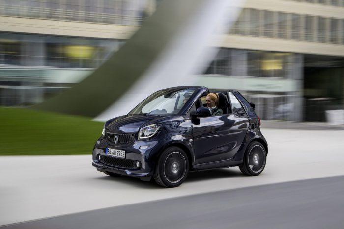 smart fortwo cabrio BRABUS 2016 01