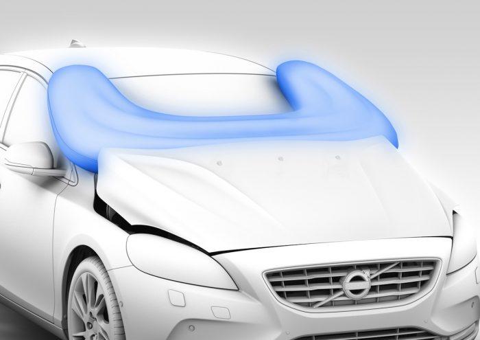 volvo v40 airbag peatones