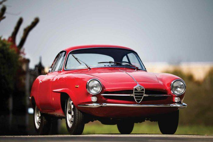 Alfa Romeo Giulia 1600 Sprint Speciale by Bertone 1963 01